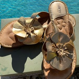 Born gold pansy slip on sandals size 7